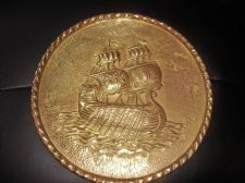 VINTAGE BRASS WALL DEEP 3D RELIEF PLATE TWIST RIM SAILING GALLEON CENTRE 10.5""